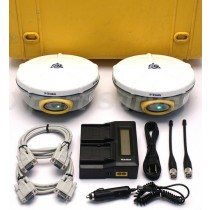 Trimble R8 GPS L1 L2 L2CS 450 - 470 MHz Base & Rover Set